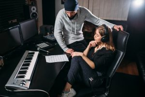 музикален бизнес